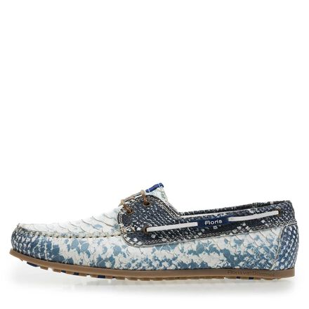 Patterned boat shoe