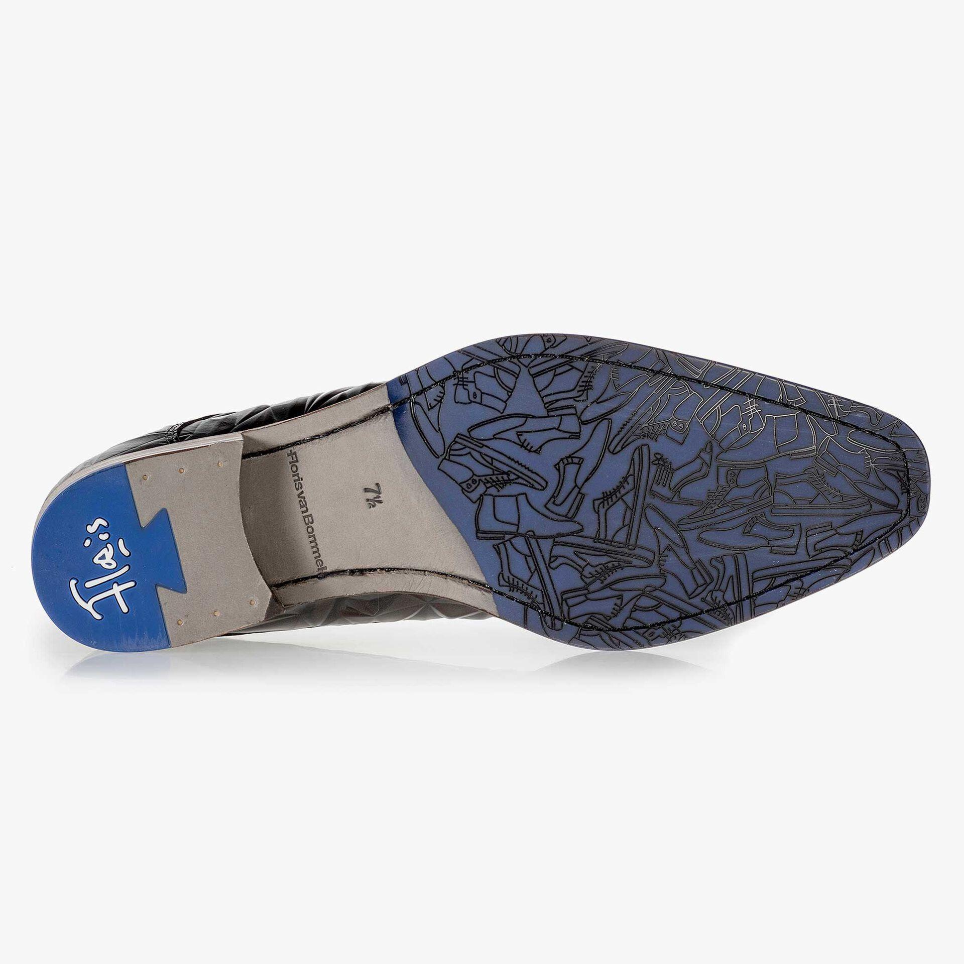Floris van Bommel men's dark brown leather lace shoe finished with a black 3D print