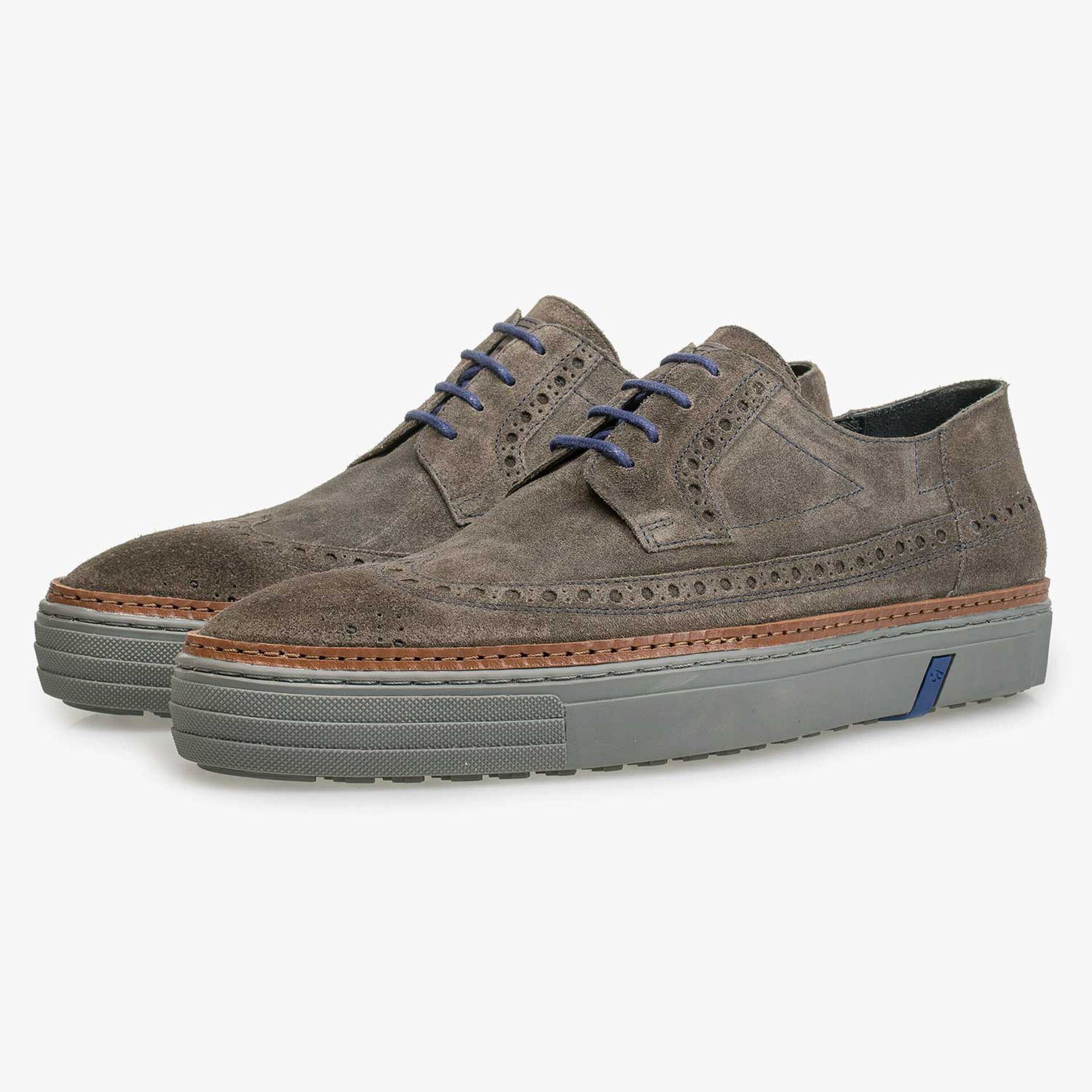 Suede leather sneaker with brogue details