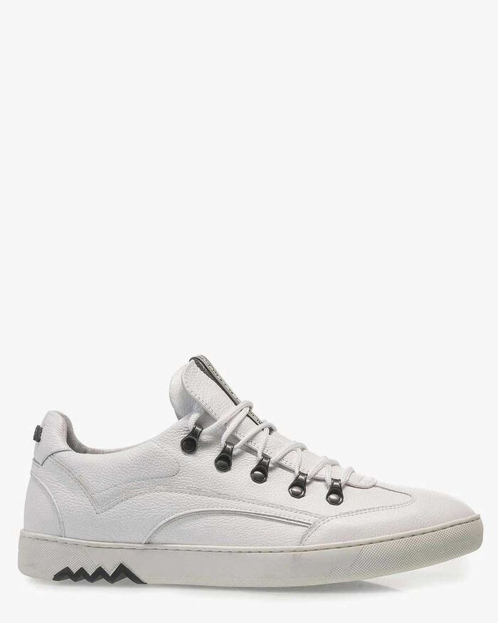 White nubuck leather sneaker