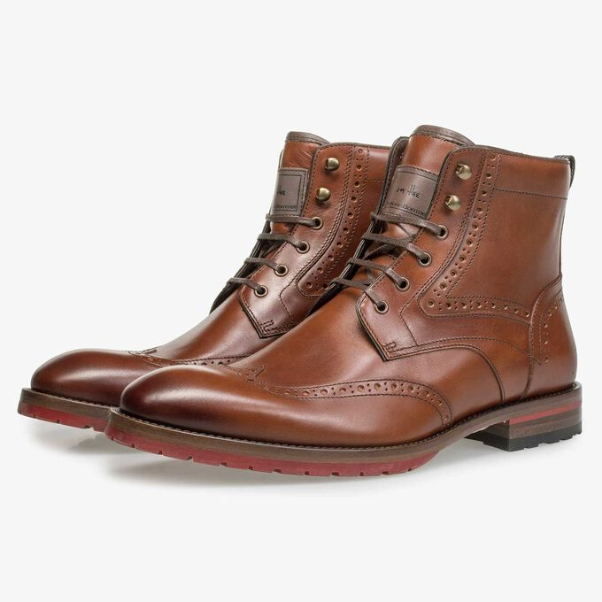 Cognac-coloured brogue leather lace boot