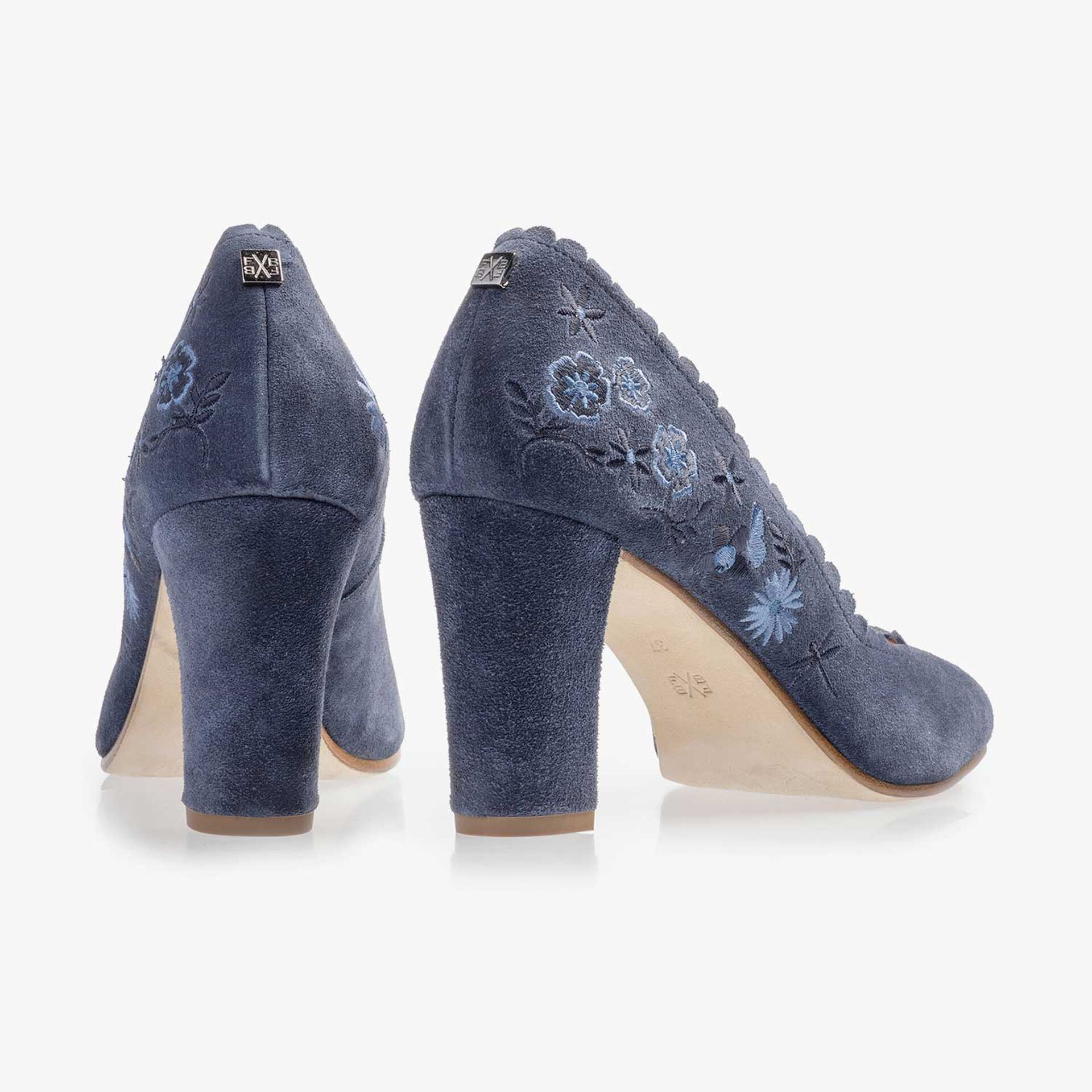 Blue suede leather pumps with floral embroidery stitching