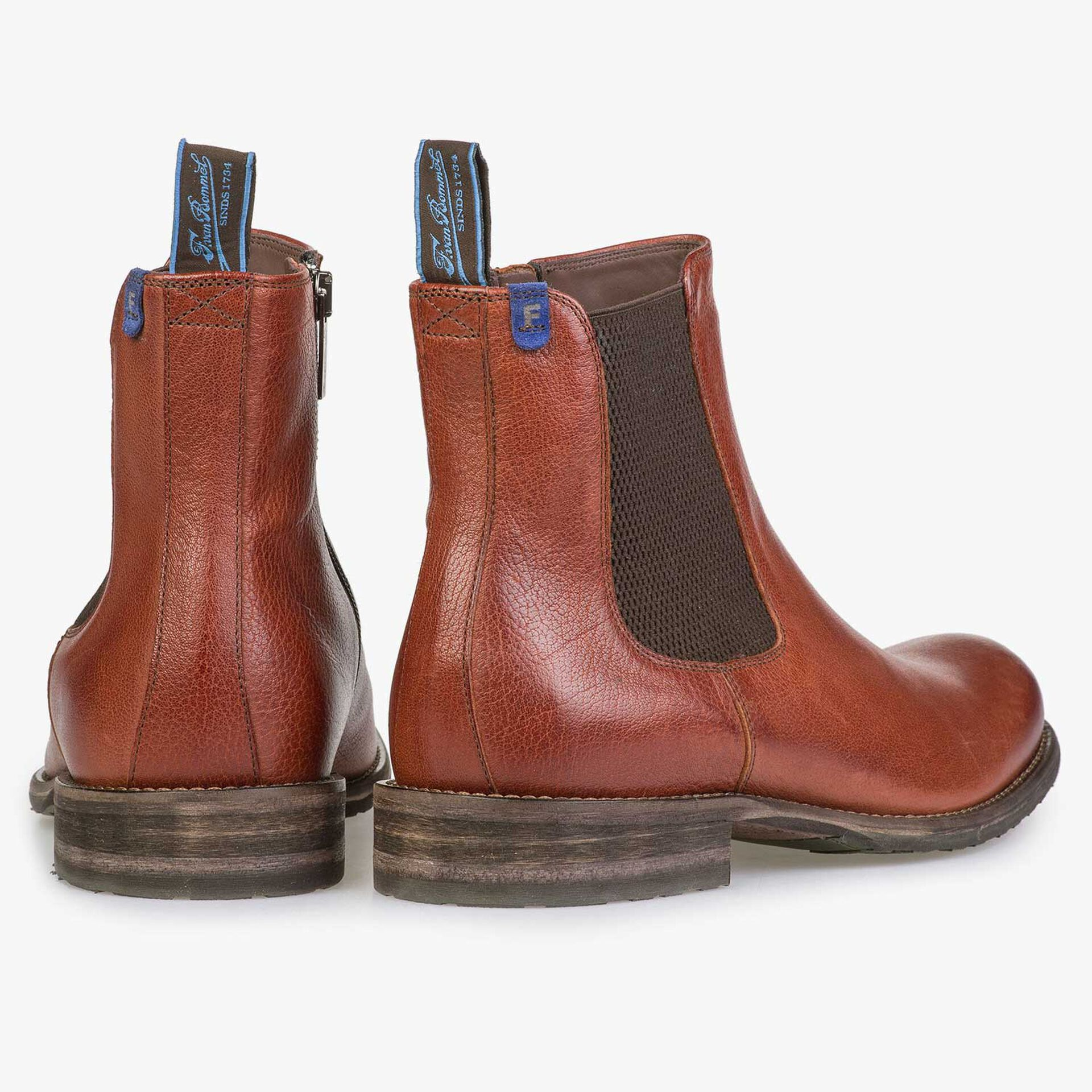 Wool lined cognac-coloured leather Chelsea boot