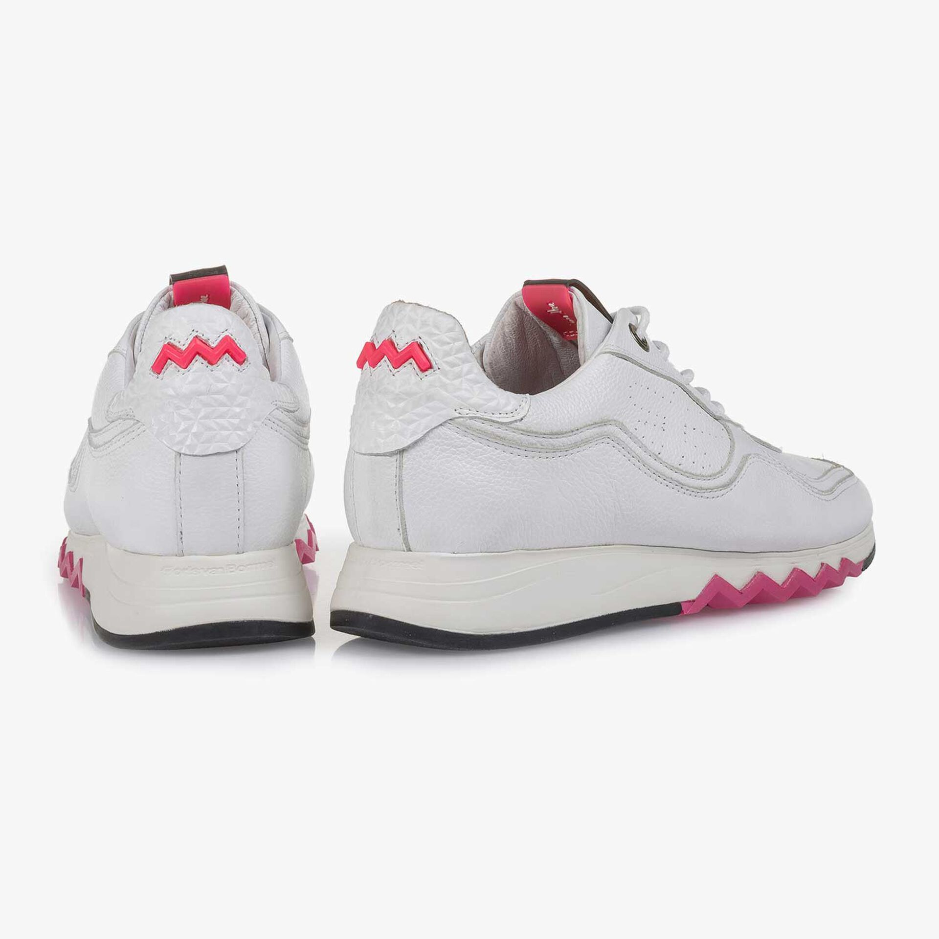 White structured calf leather sneaker