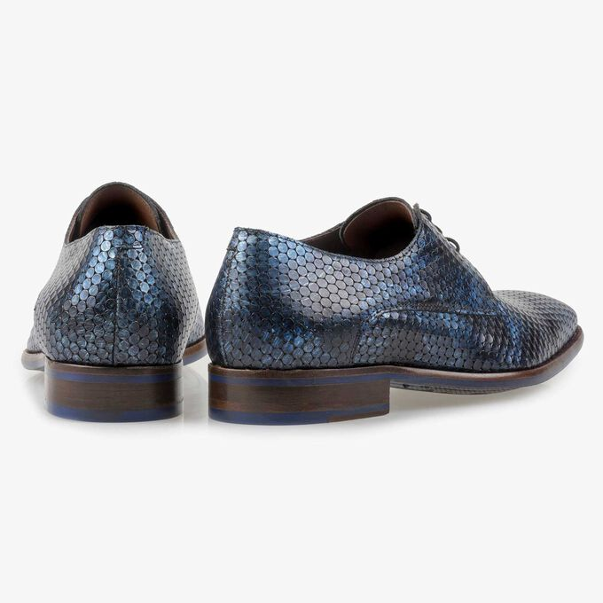 Blue metallic print leather lace shoe
