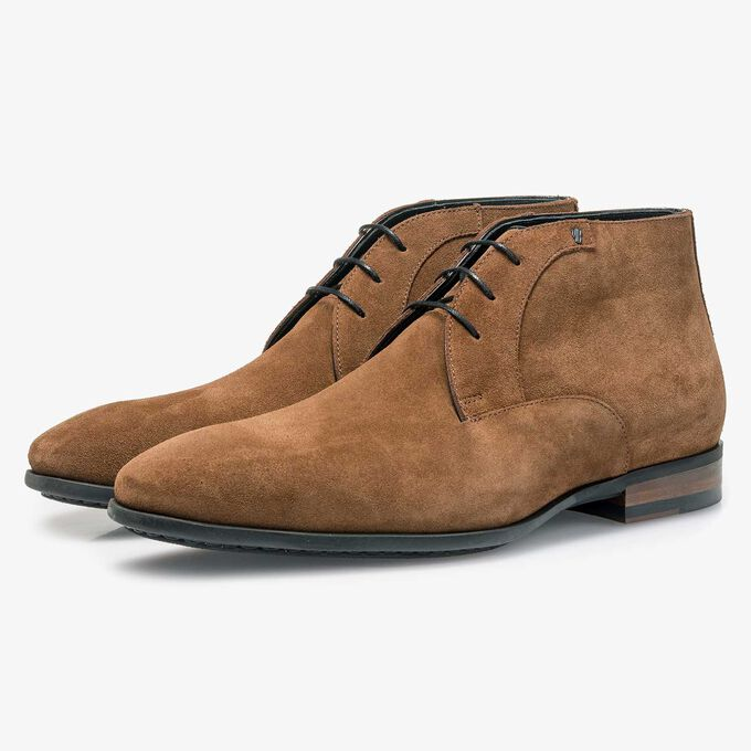 Mid-brown calf suede leather lace shoe