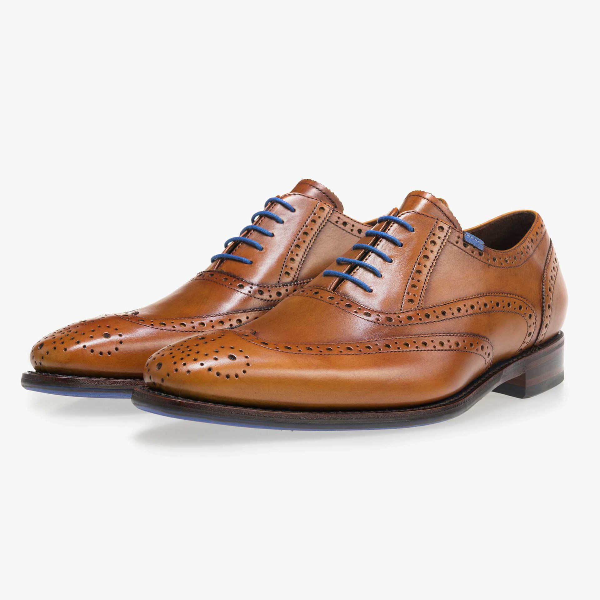 Cognac-coloured brogue calf's leather lace shoe