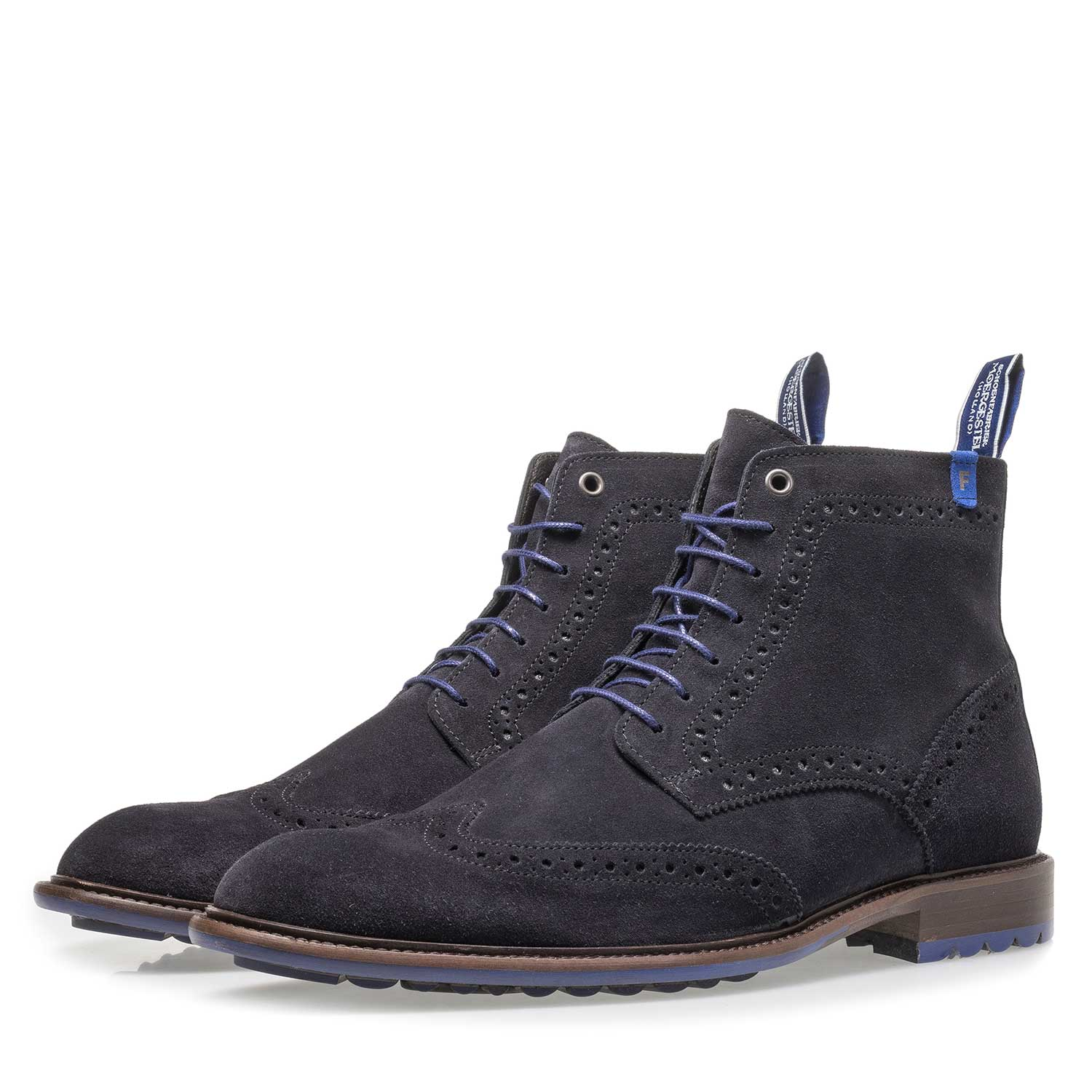10506/15 - Dark blue calf suede lace boot