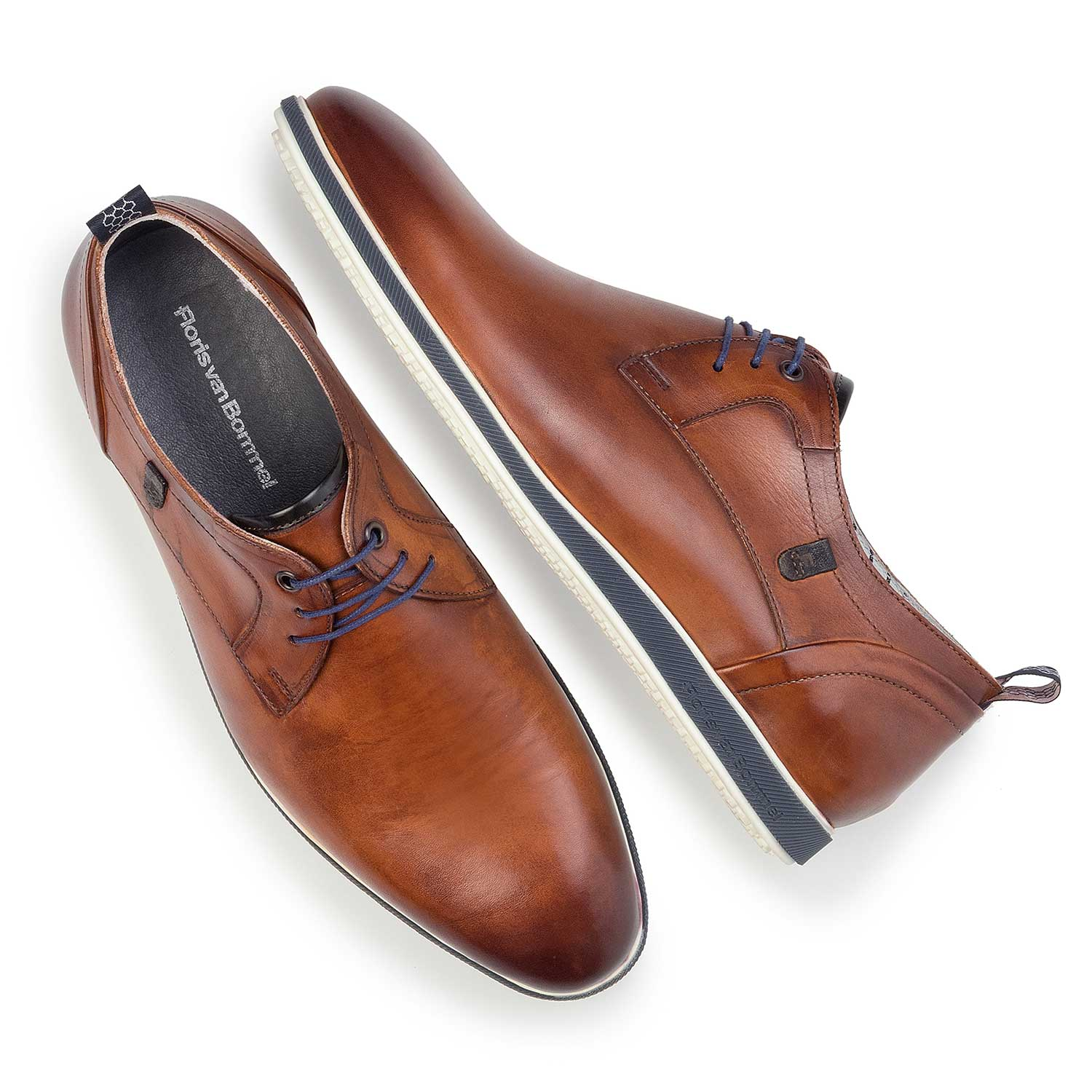 14076/03 - Cognac-coloured leather lace shoe