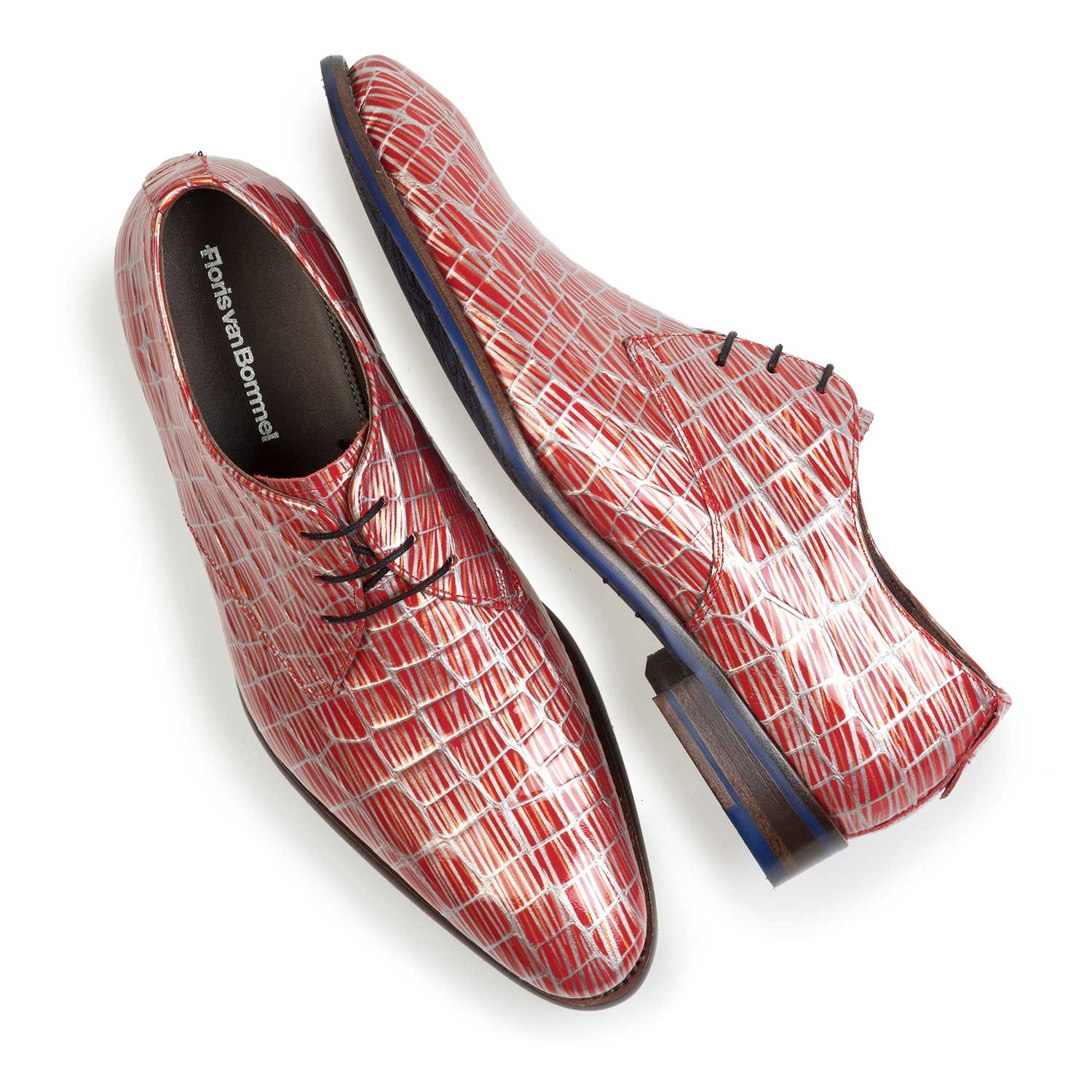 14104/02 - Red patent leather lace shoe with print