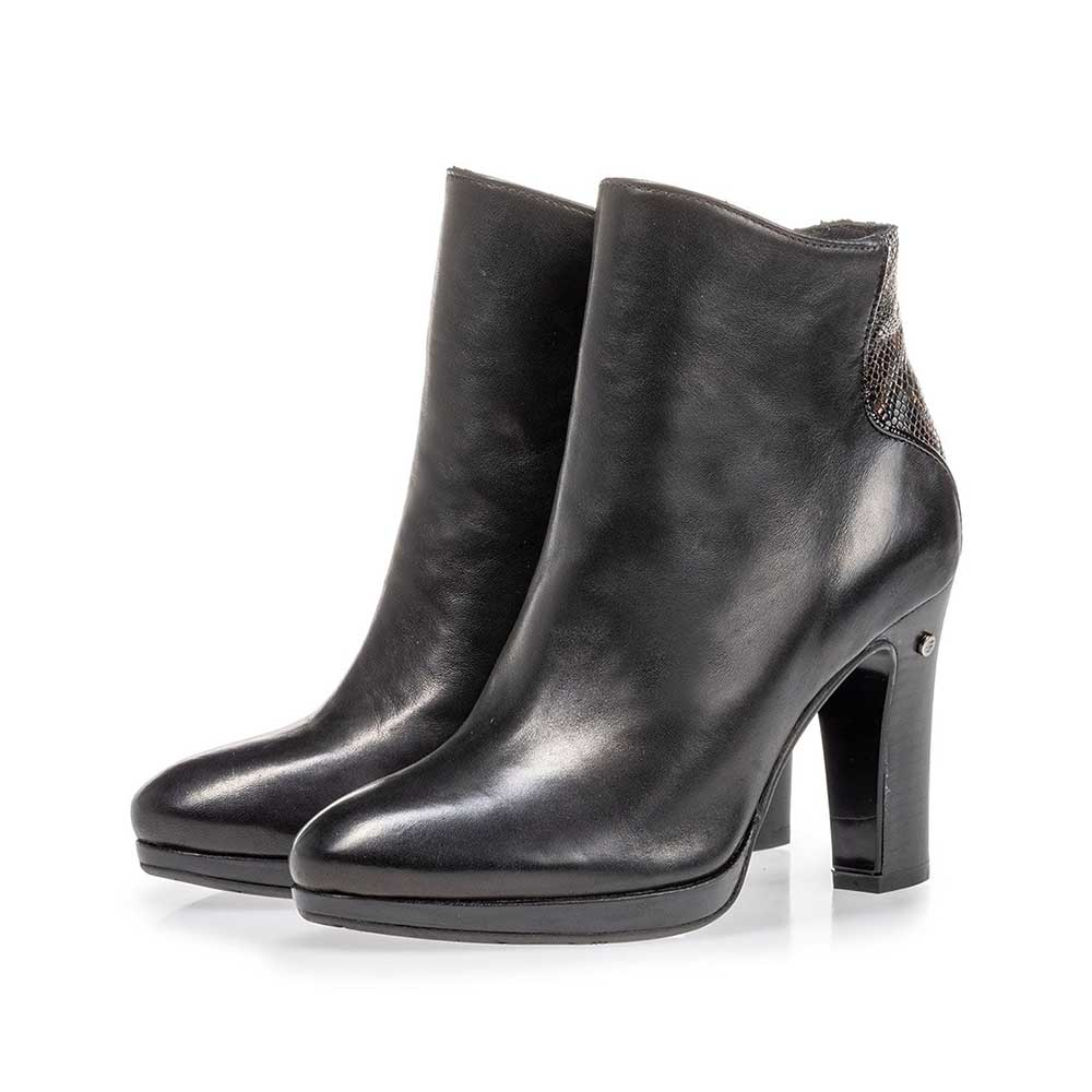 85656/01 - Ankle boot black nappa leather