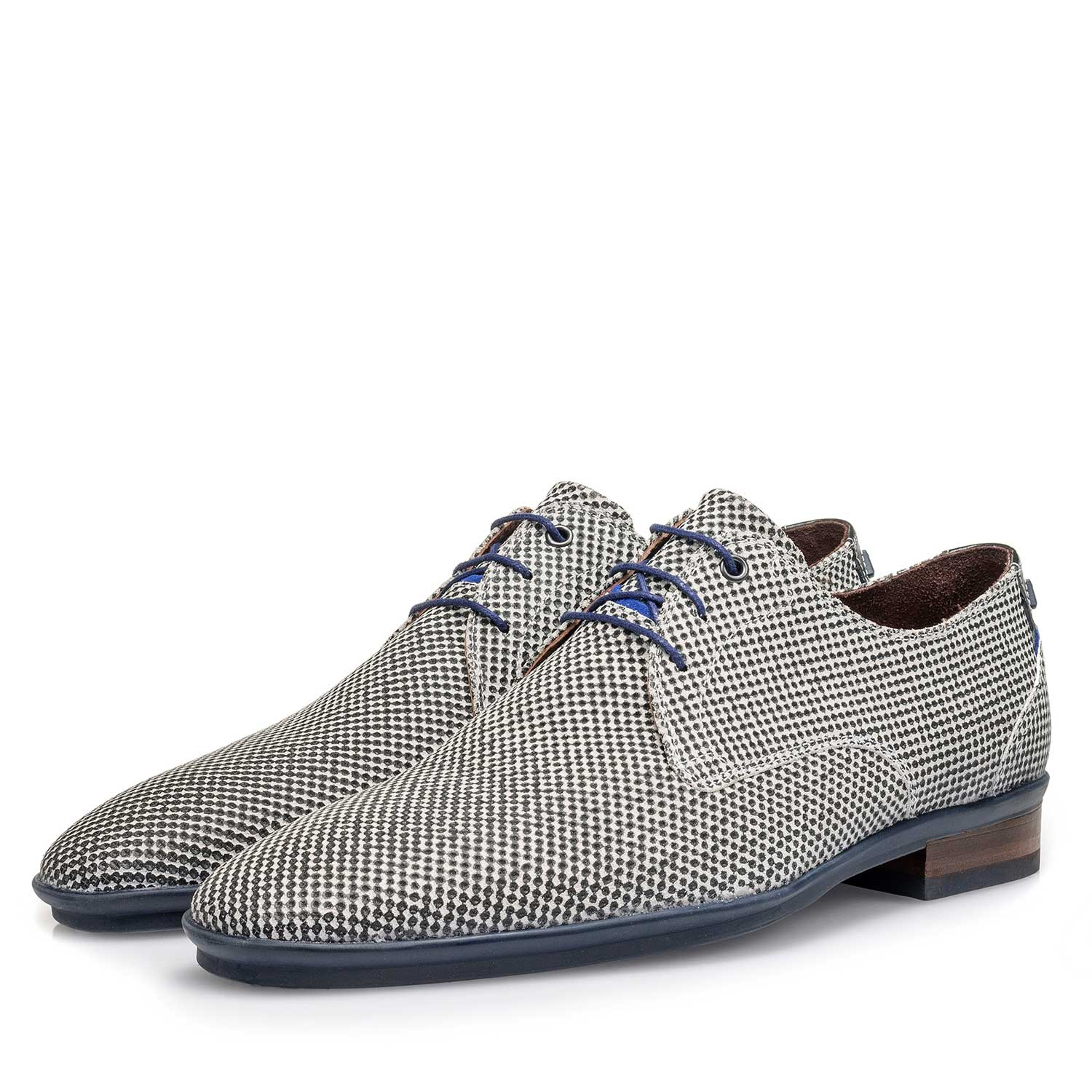 18120/12 - Light grey suede leather lace shoe with a mini print