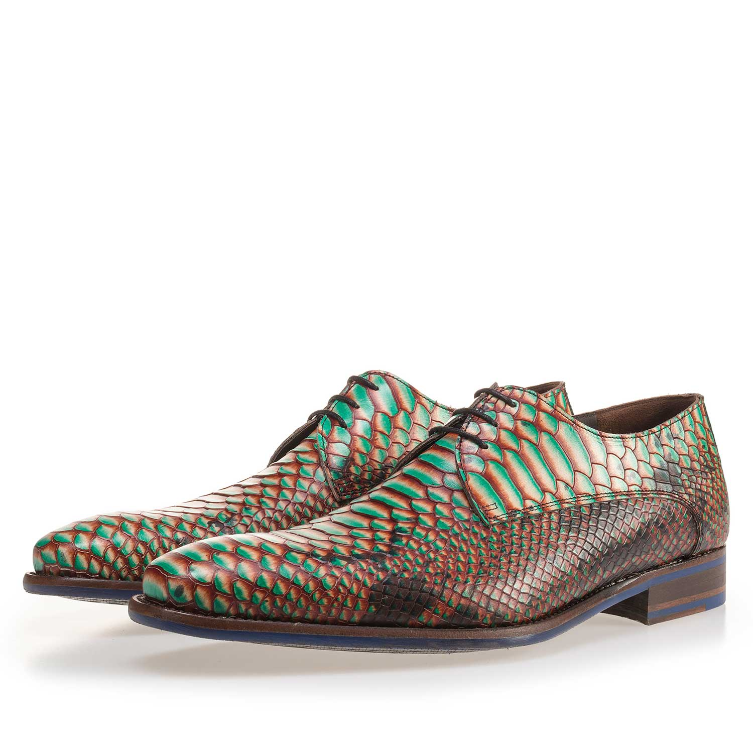 14204/01 - Green leather lace shoe with a snake print