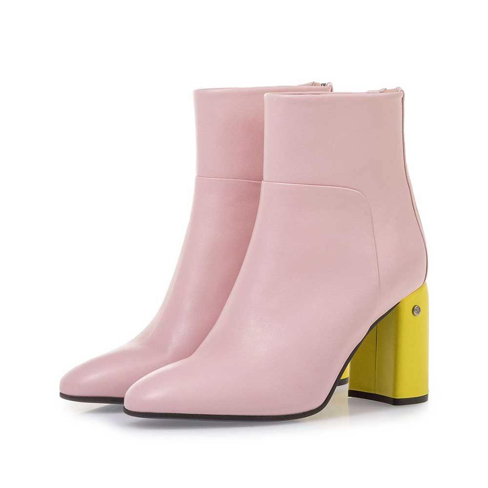 85624/09 - Light pink nappa leather ankle boots