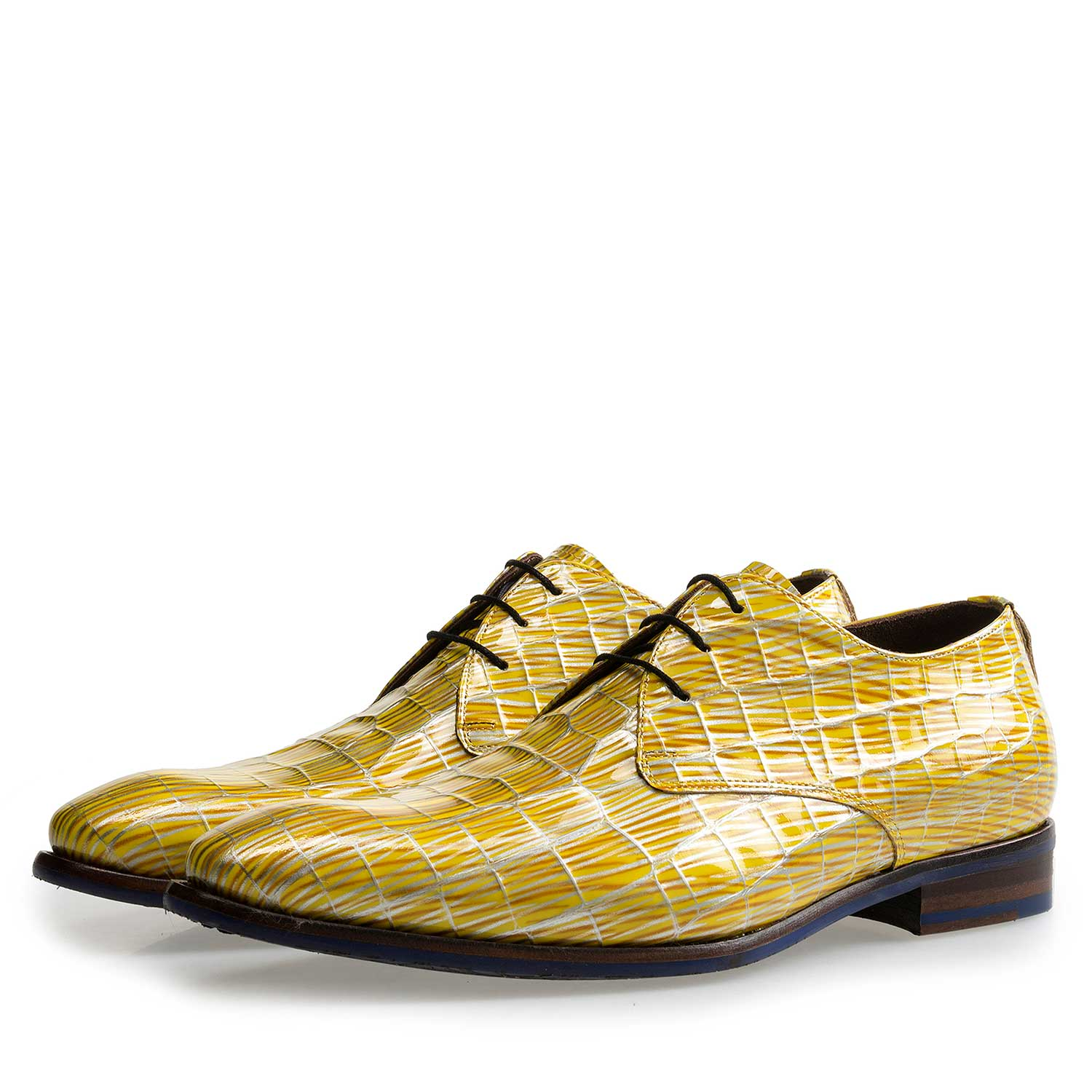 14104/03 - Yellow patent leather lace-shoe with print