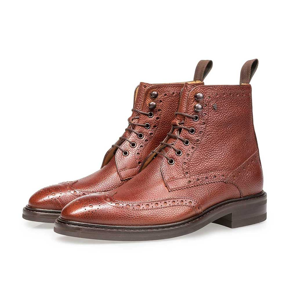 10165/06 - Cognac-coloured leather brogue lace boot