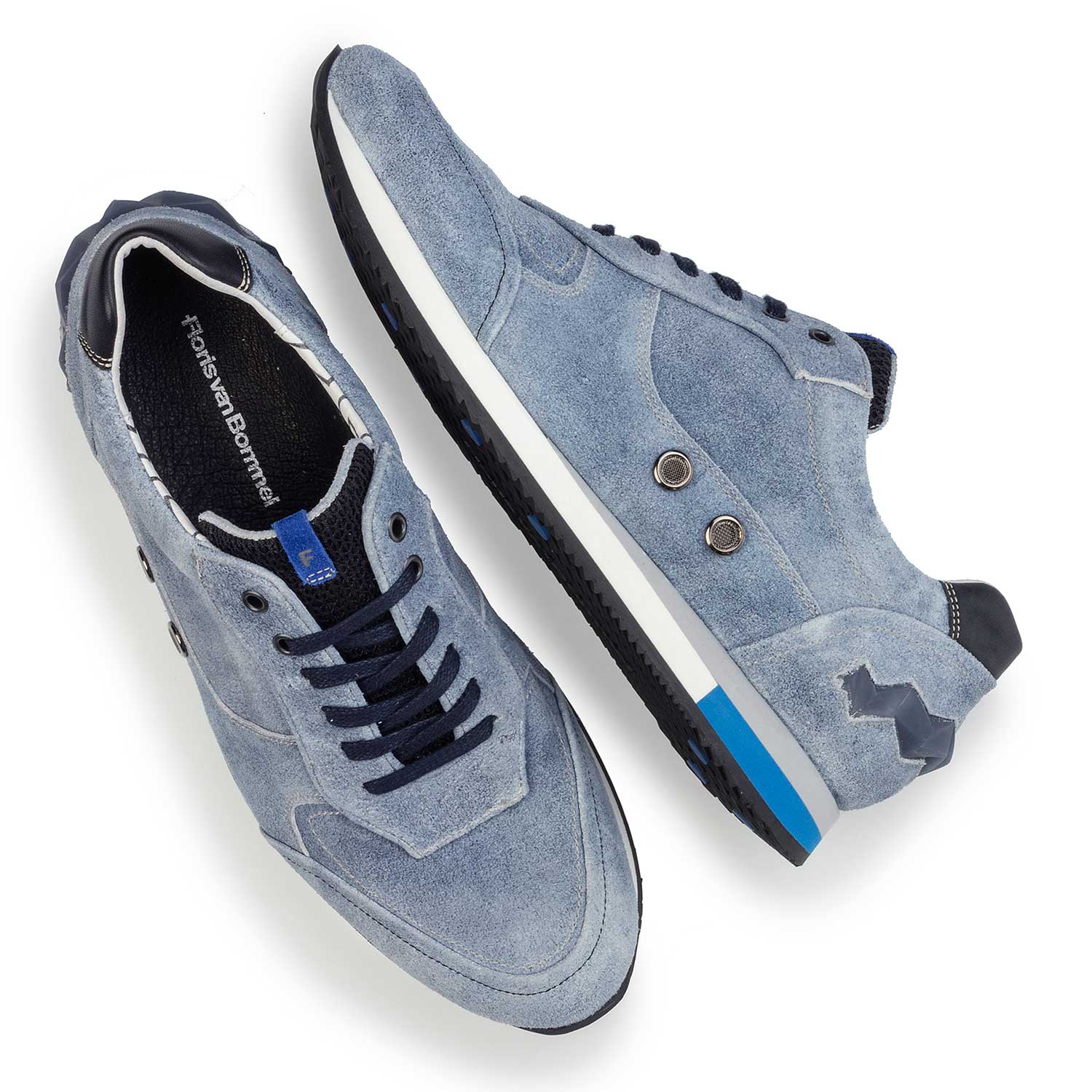 16223/00 - Light blue suede leather sneaker