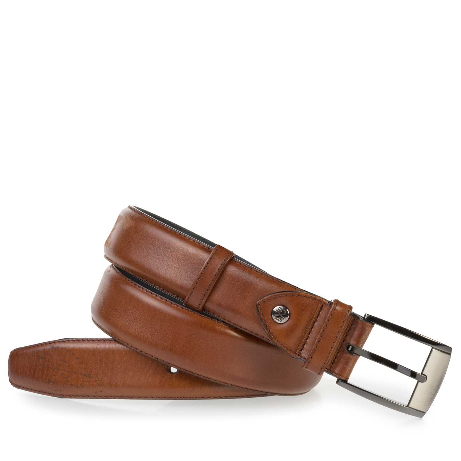 75177/03 - Cognac-coloured, perforated leather belt