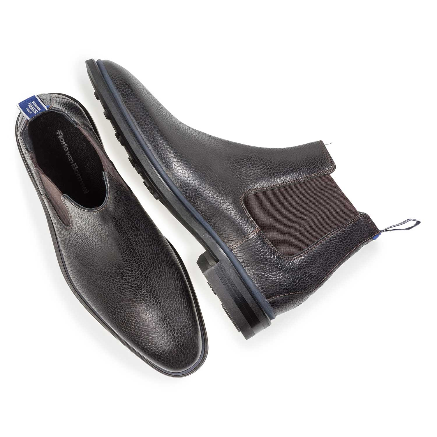 10669/05 - Black calf leather Chelsea boot with print