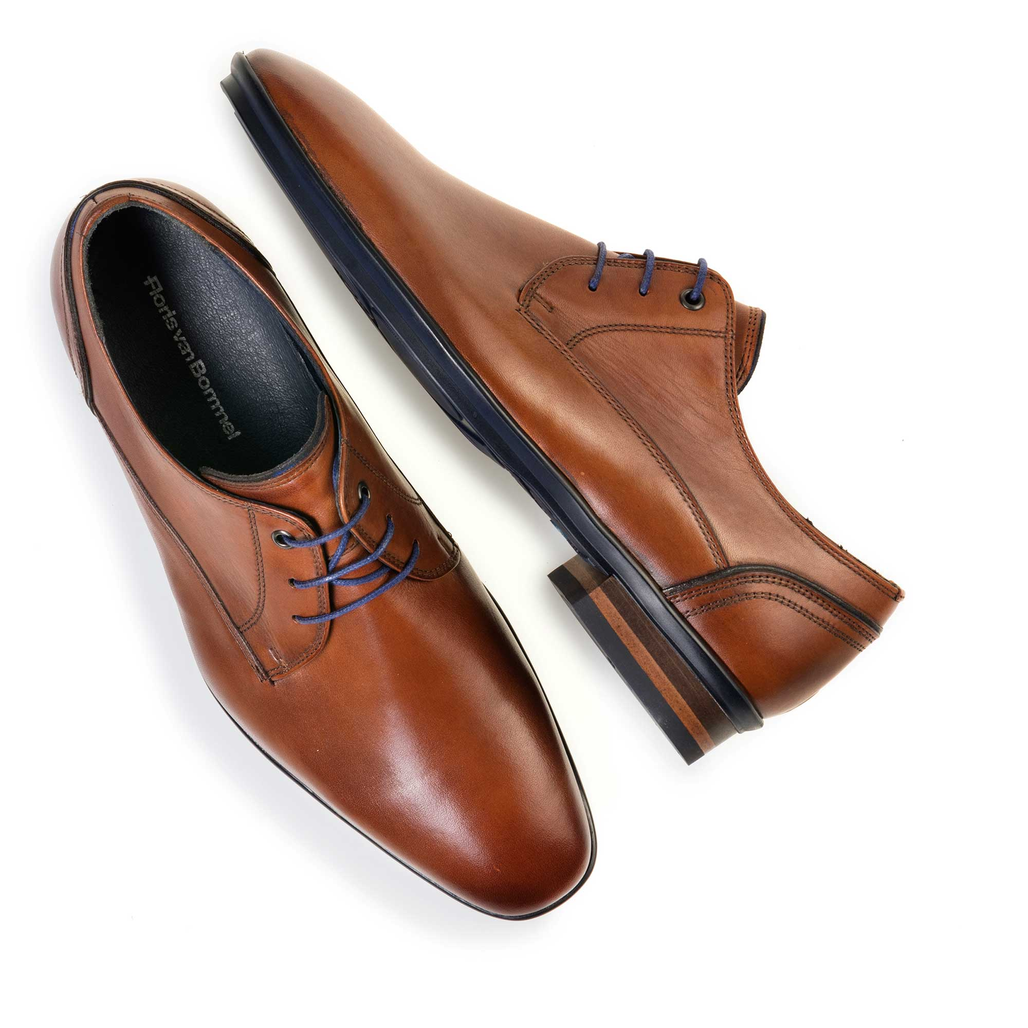 14499/00 - Cognac-coloured leather lace shoe