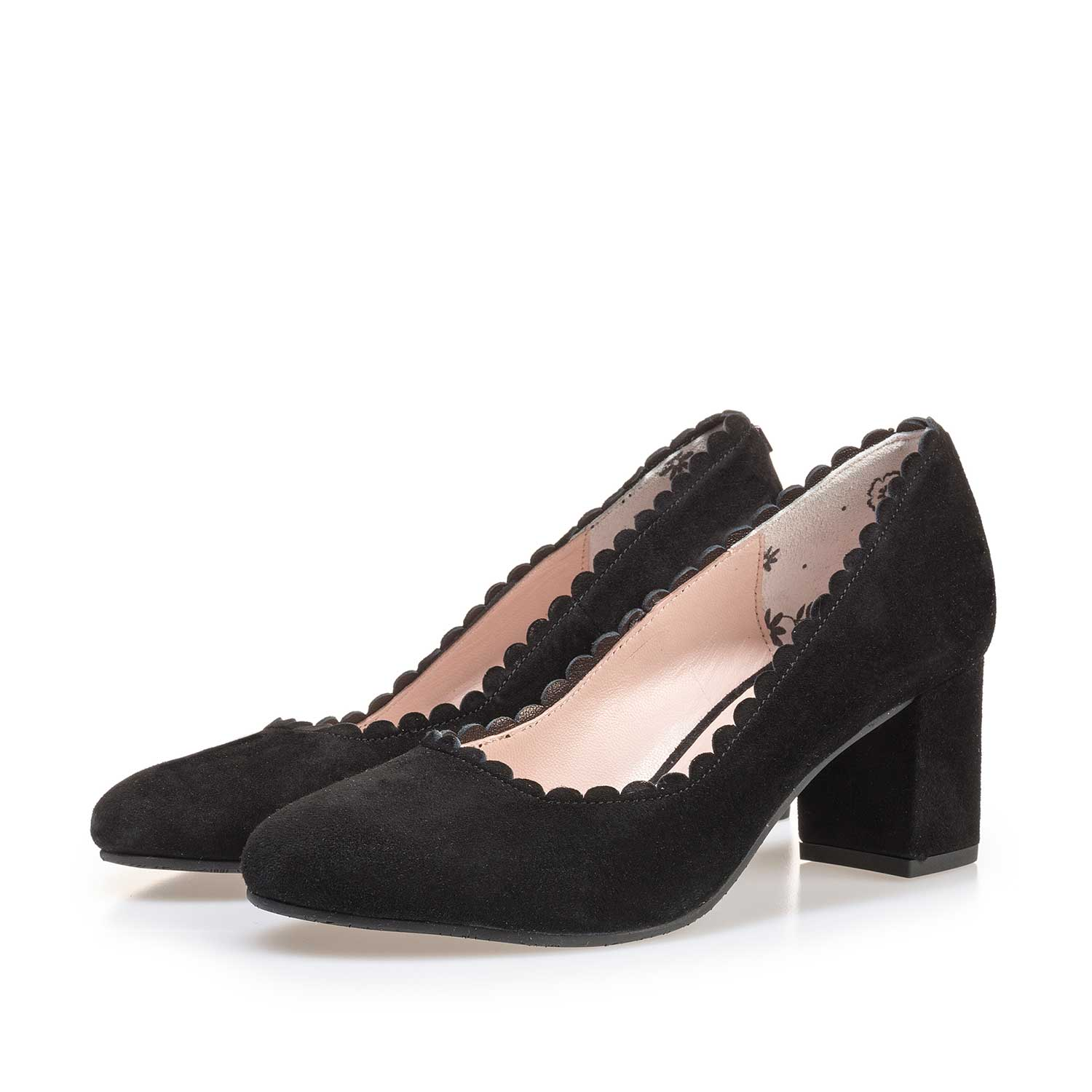 85226/00 - Black suede leather pumps