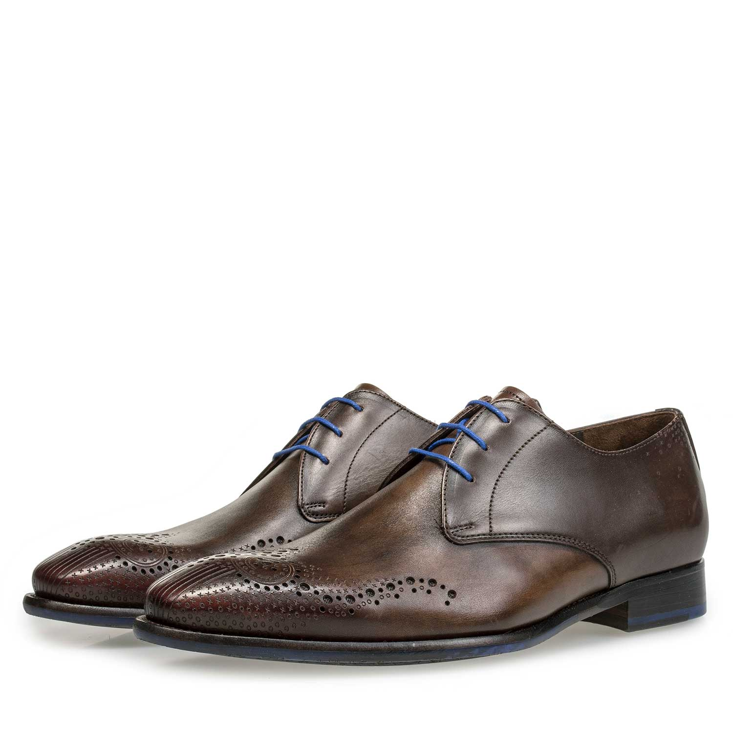 18075/02 - Brown brogue calf's leather lace shoe