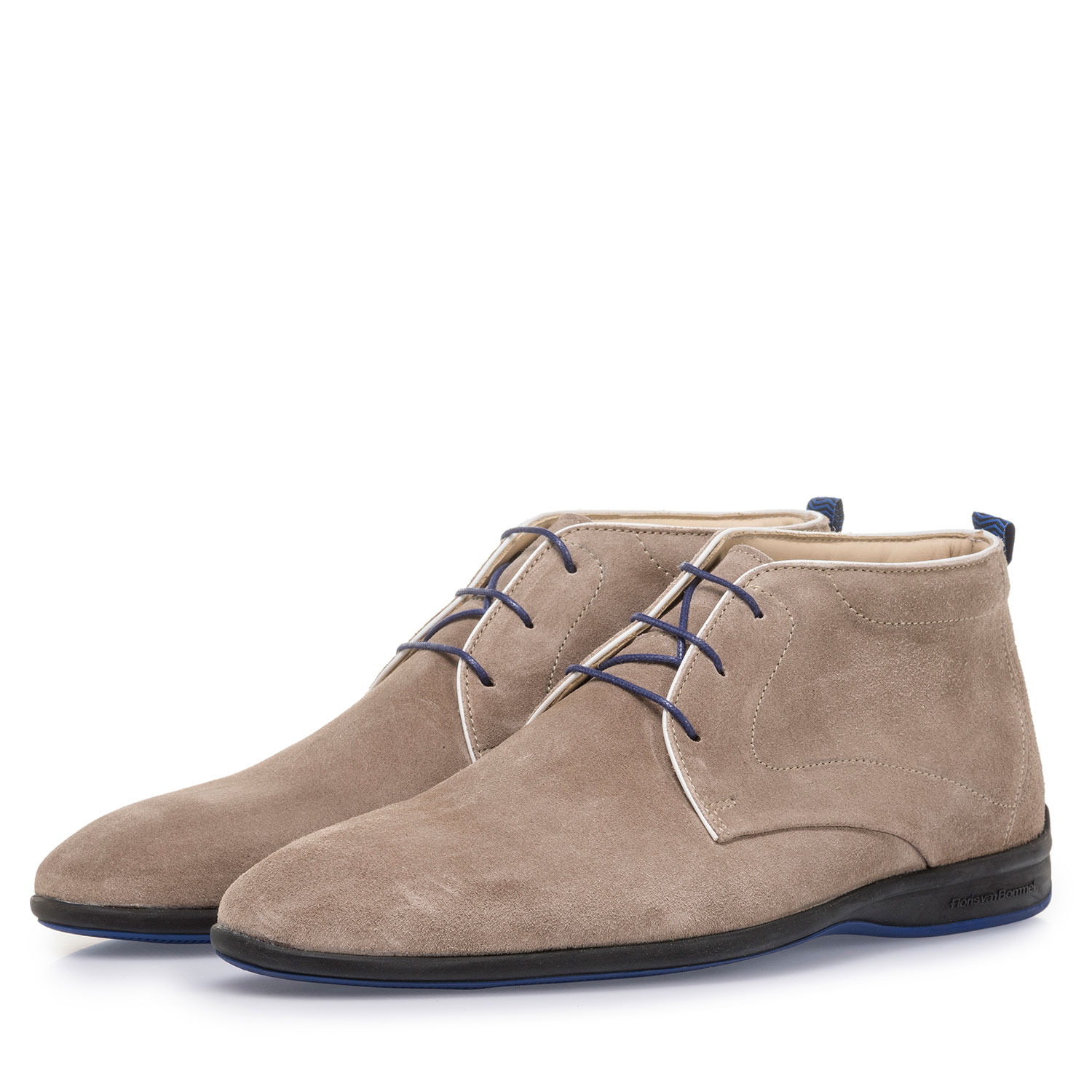 20300/01 - Beige suede leather lace boot