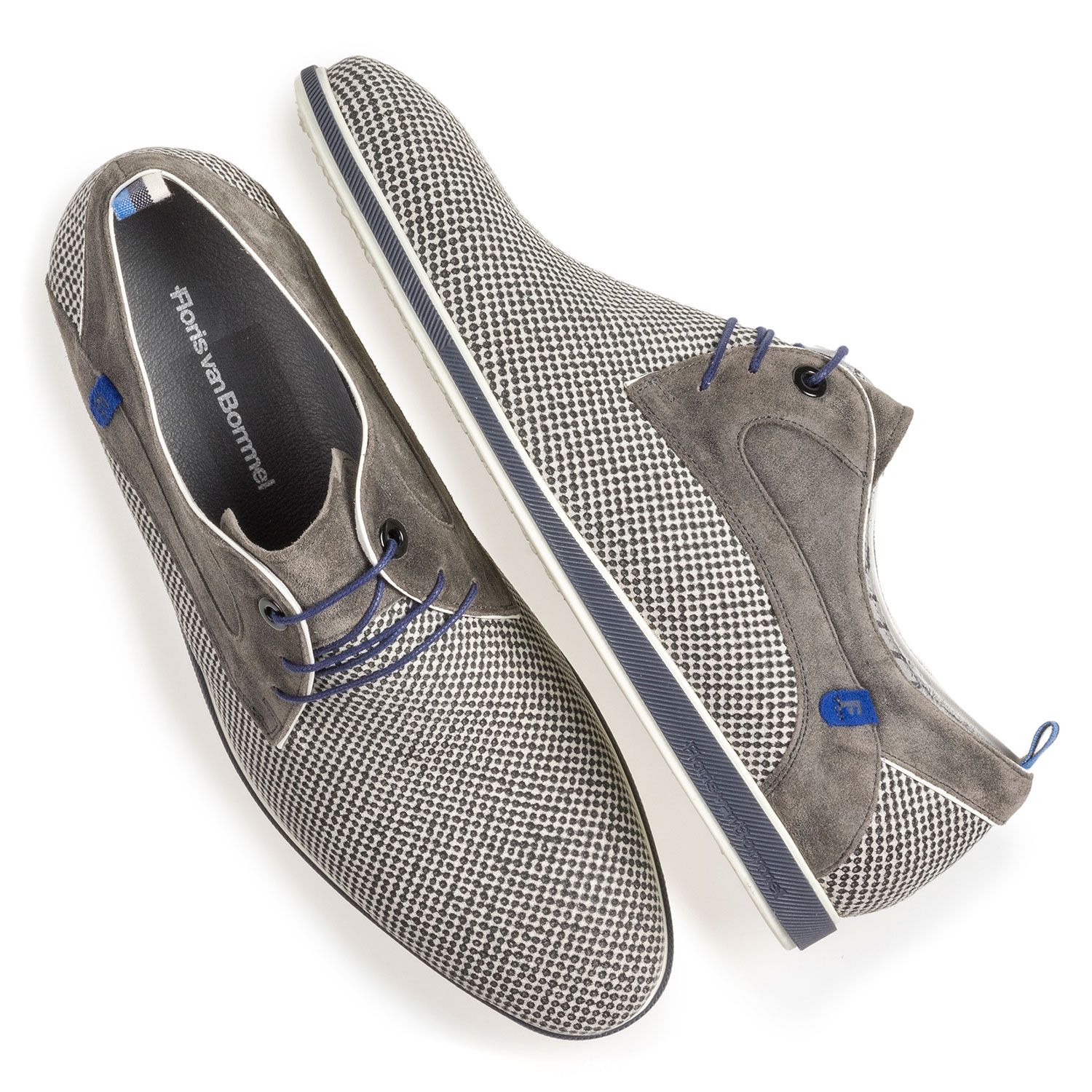 18201/12 - Grey suede leather lace shoe with print