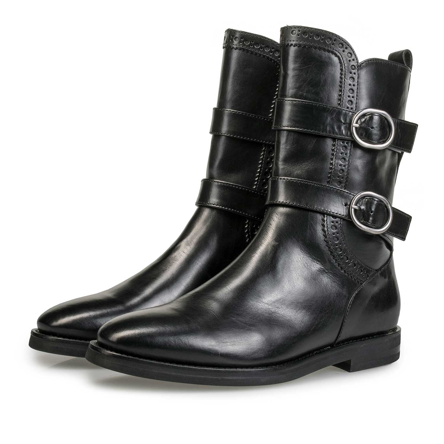 85605/00 - Black calf leather buckle boot