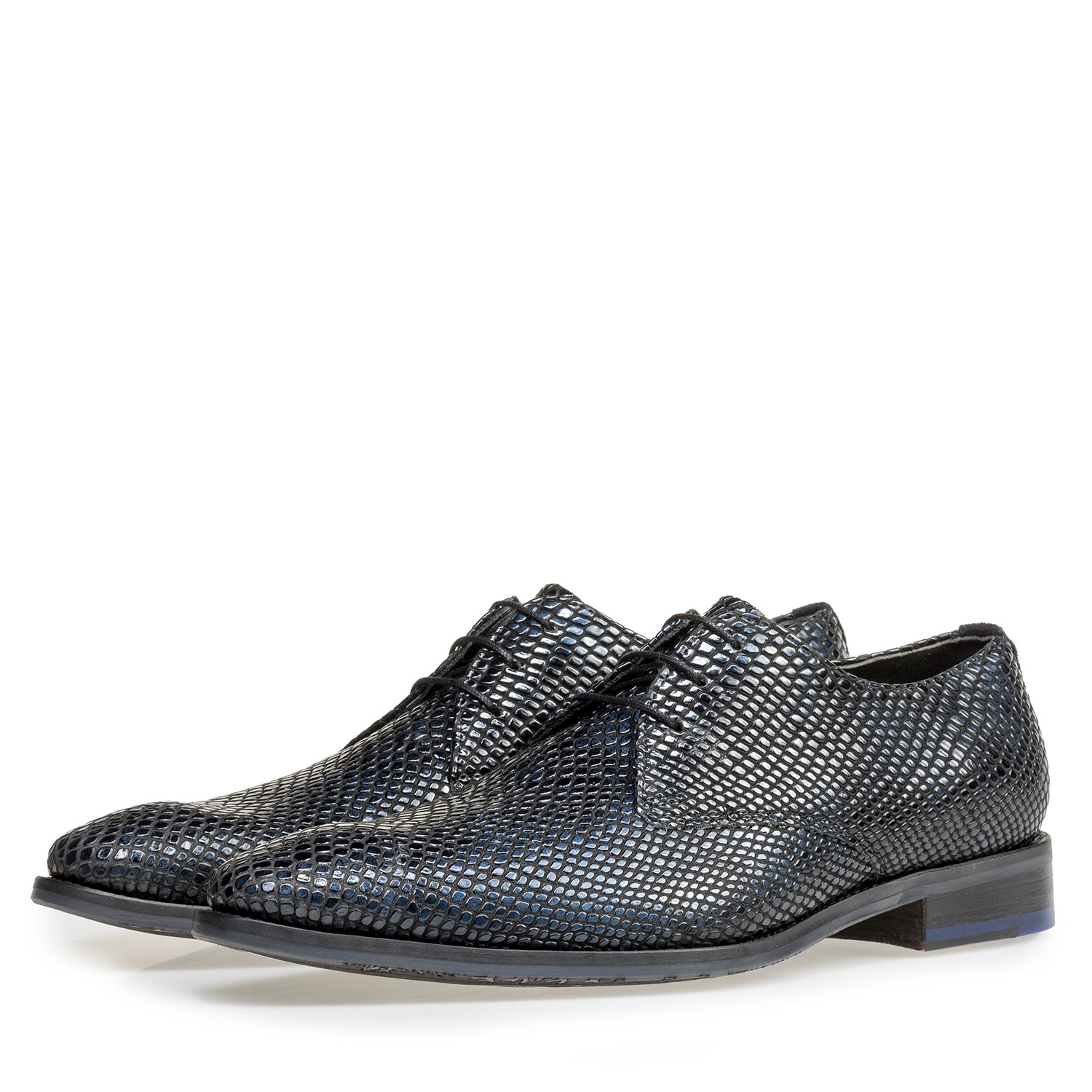 18293/00 - Blue printed patent leather lace shoe