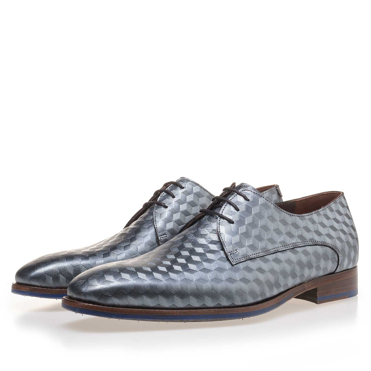 14168/00 - Grey leather lace shoe finished with a hexagon print