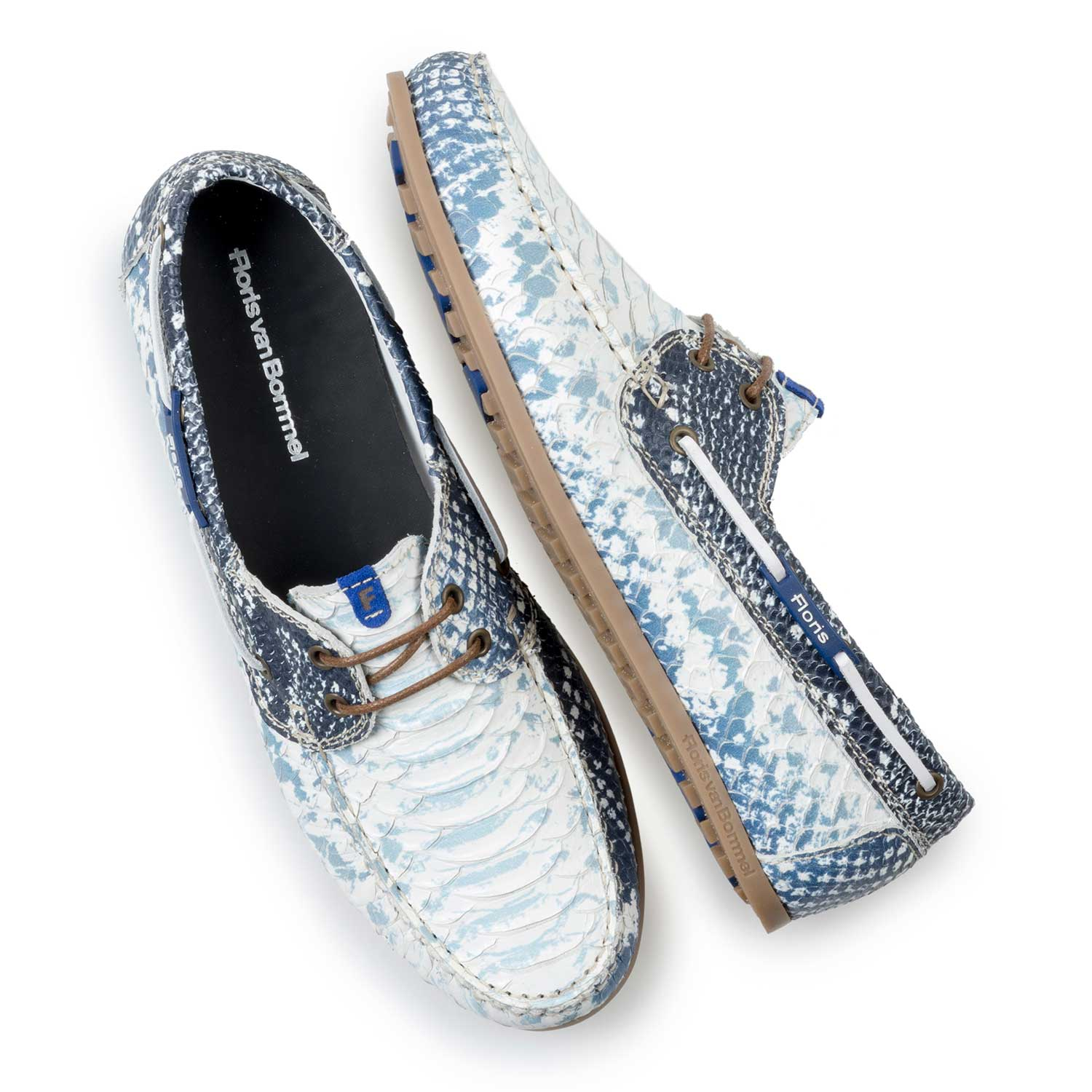 15035/06 - Dark blue leather boat shoe with snake print