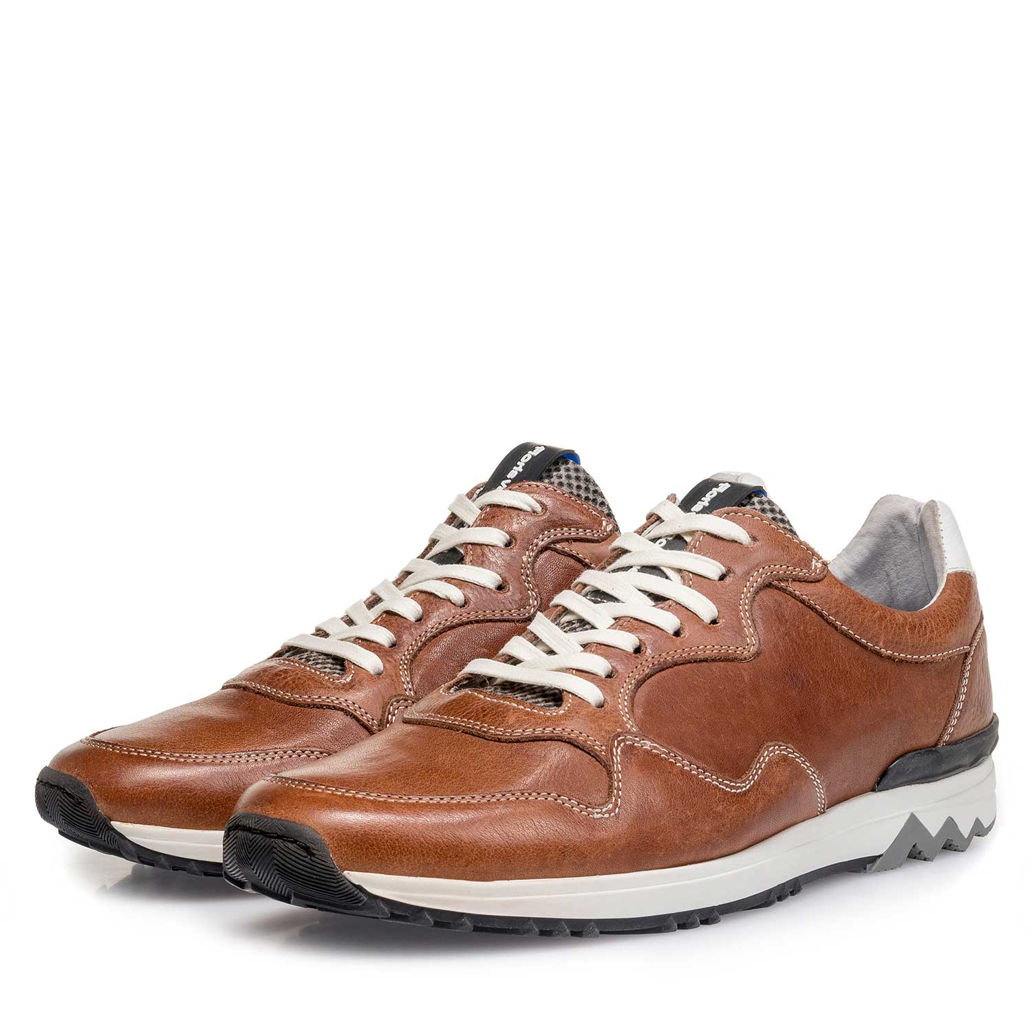16238/08 - Cognac-coloured leather sneaker