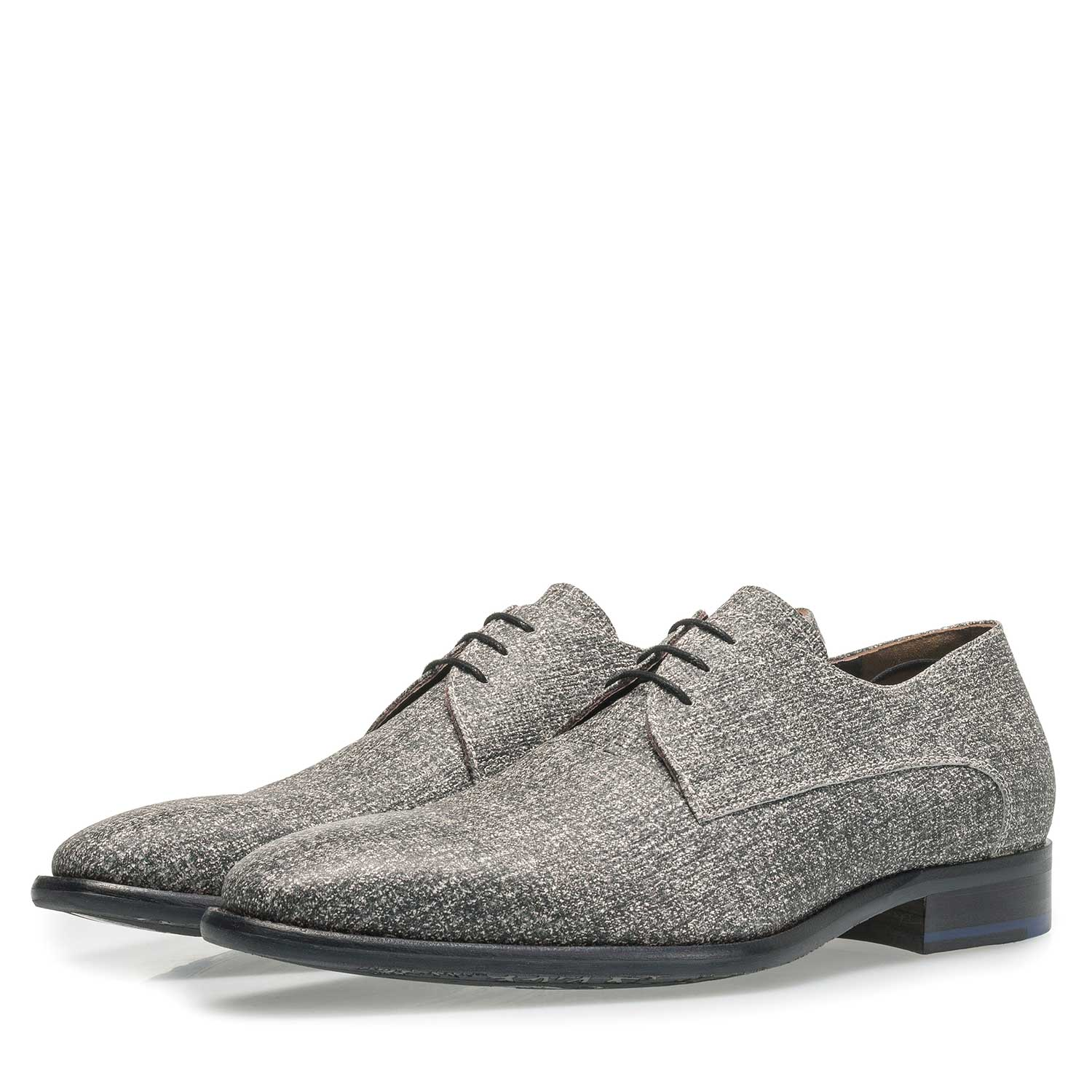 18146/00 - Grey leather lace shoe with white print