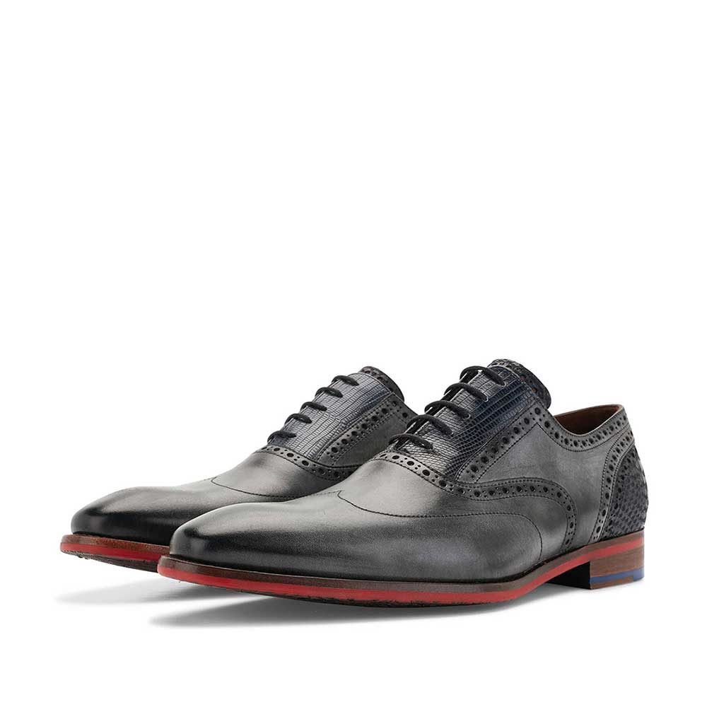 19062/01 - Grey calf's leather lace shoe