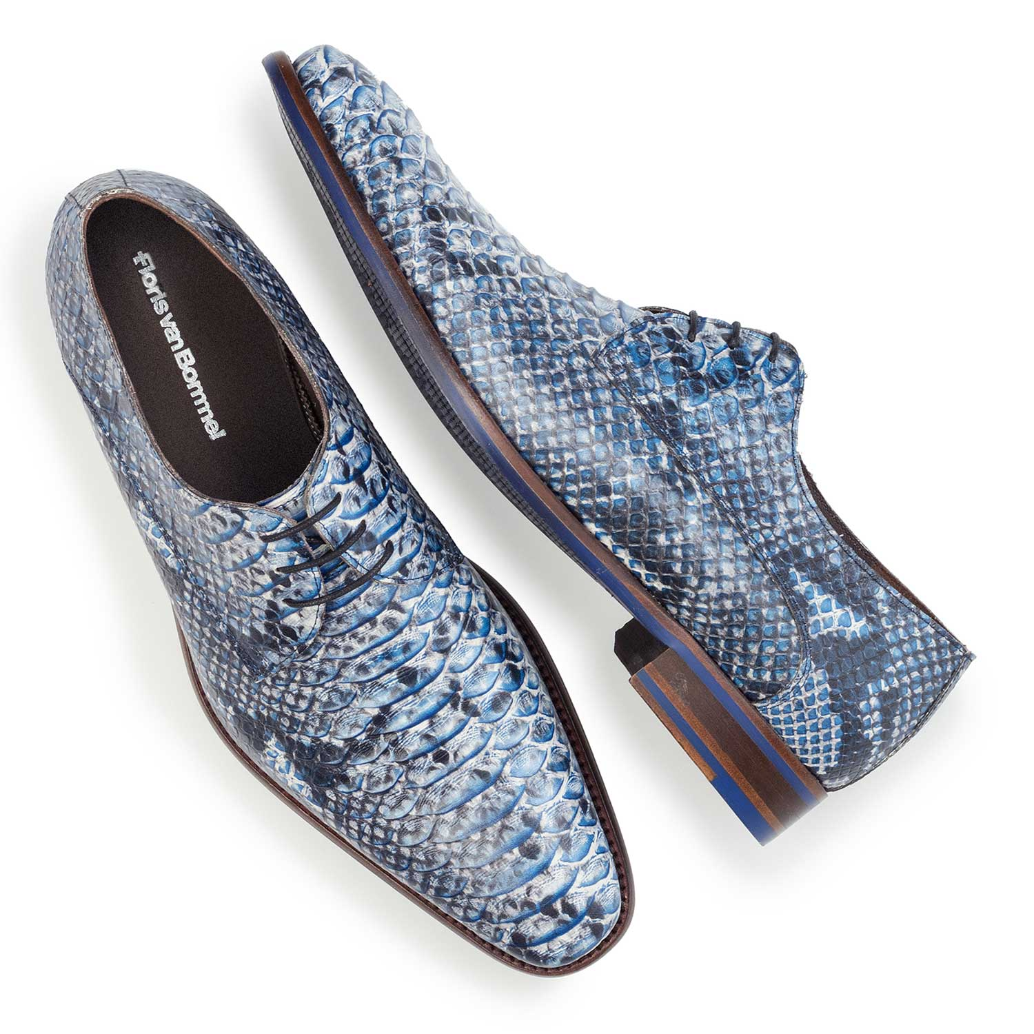14204/03 - Blue leather lace shoe finished with a snake print