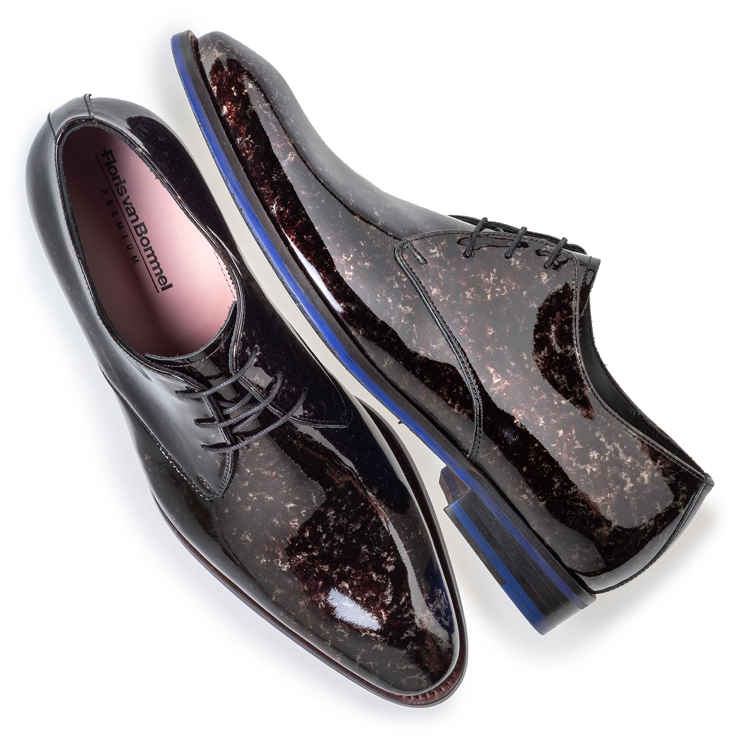 18224/04 - Lace shoe grey patent leather