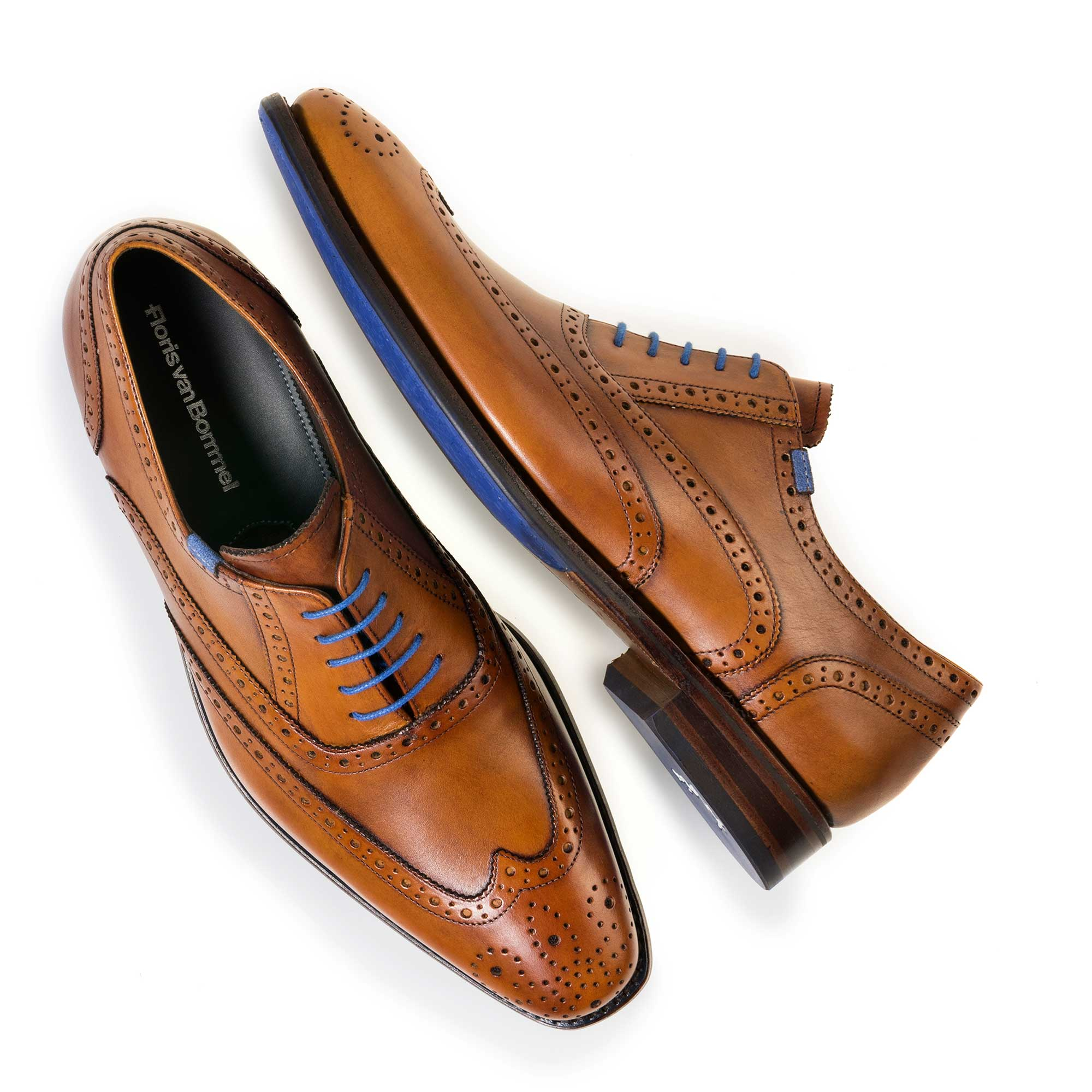 19470/00 - Cognac-coloured brogue calf's leather lace shoe
