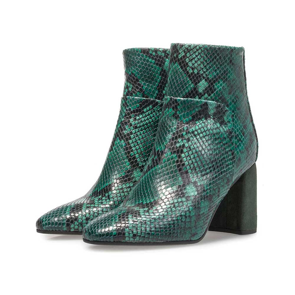 85624/04 - Green leather ankle boot with snake print