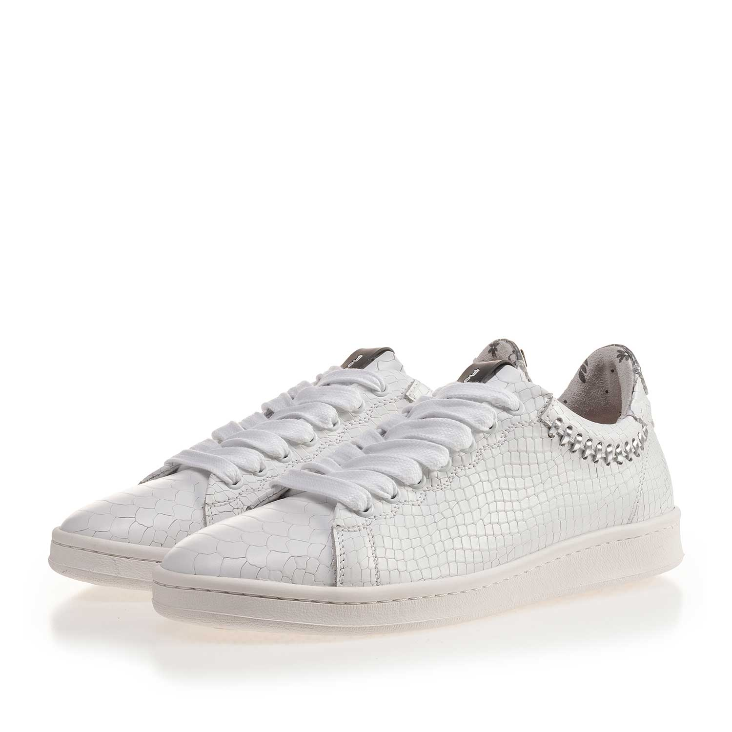 85251/00 - White leather sneaker with snake print