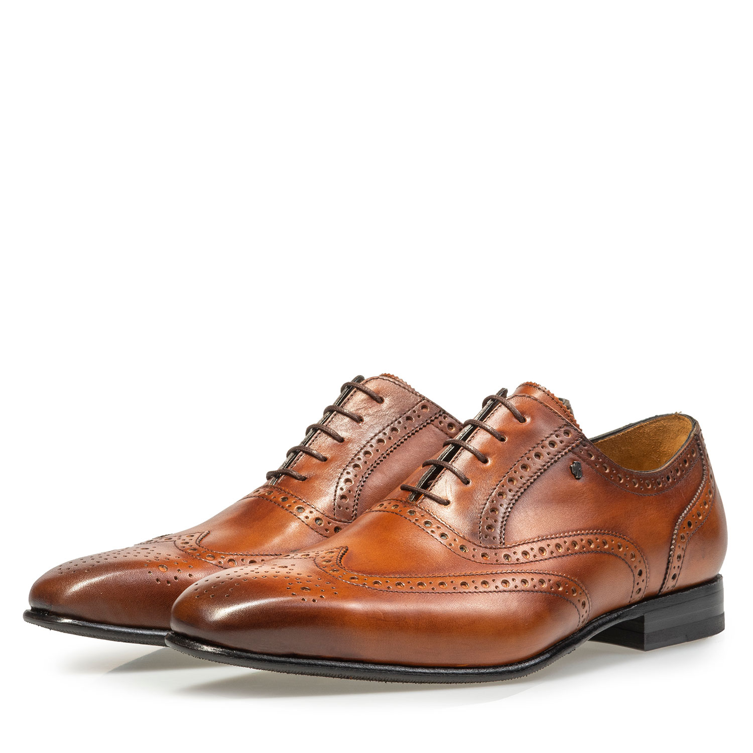 19295/03 - Dark cognac-coloured calf leather brogue