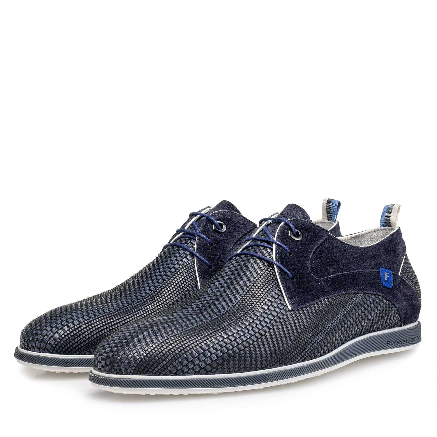 18201/04 - Blue braided leather lace shoe