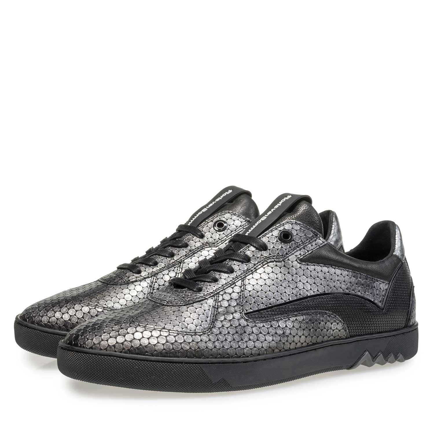 16242/12 - Grey leather sneaker with metallic print