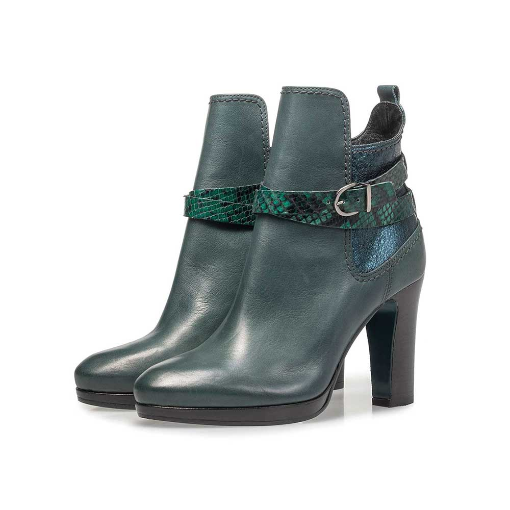 85609/04 - Green calf leather ankle boots