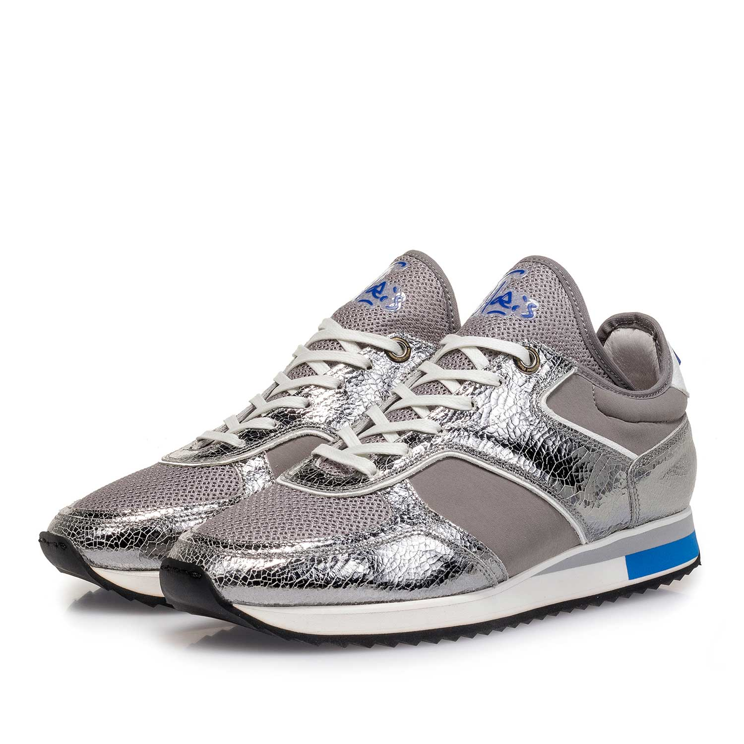 85261/06 - Dark silver metallic leather sneaker