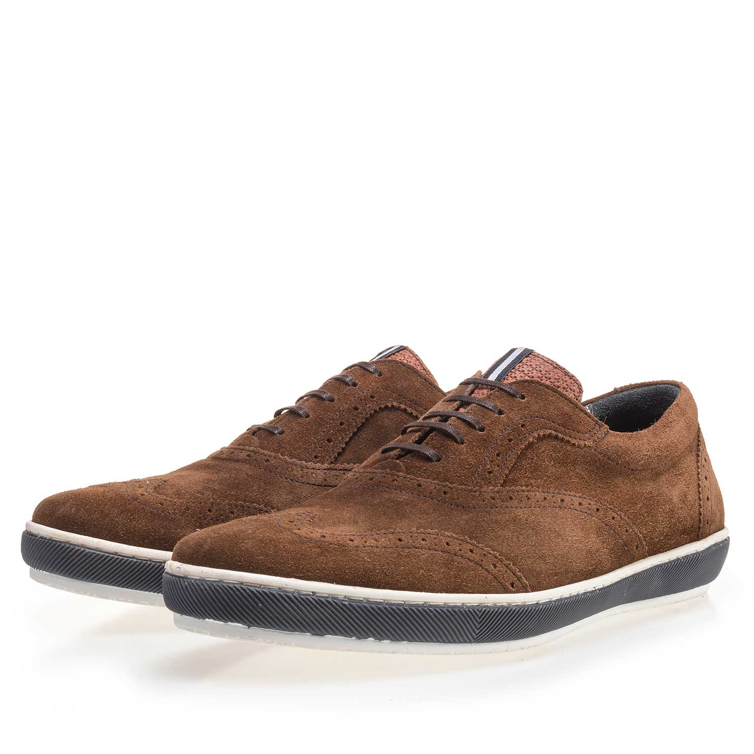 19036/40 - Brown brogue suede leather sneaker