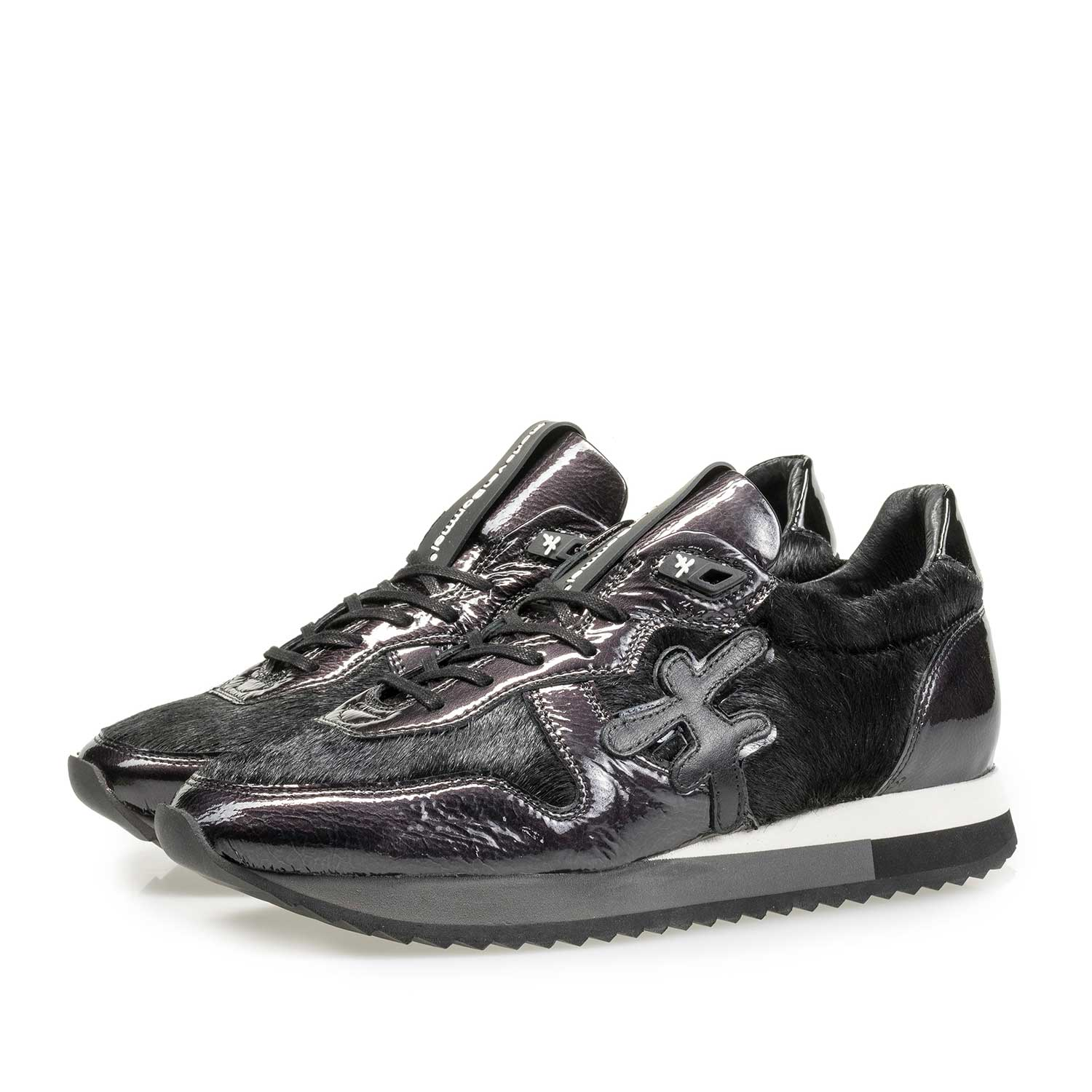 85256/03 - Black patent leather sneaker with F-logo