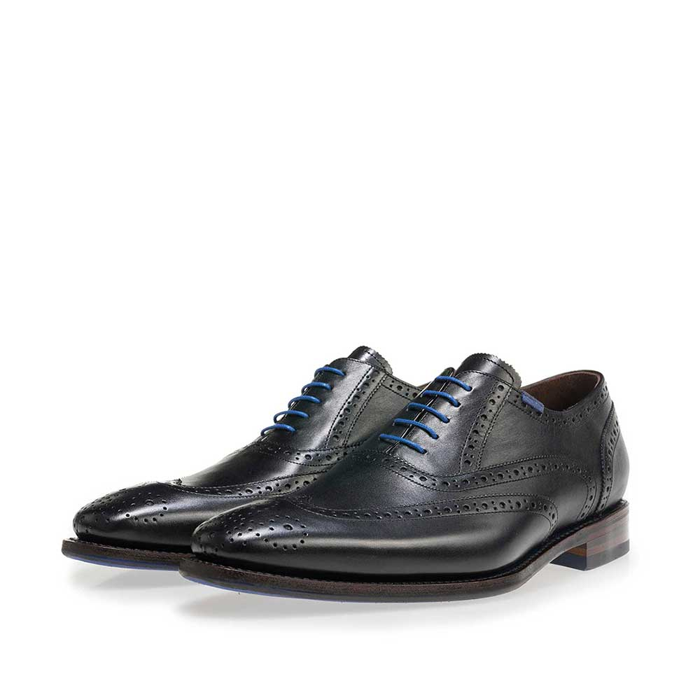 19470/01 - Black brogue calf's leather lace shoe